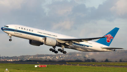B-2073 - China Southern Cargo Boeing 777F