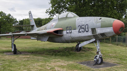 EB-250 - Germany - Air Force Republic RF-84F Thunderflash