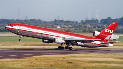 D-AERX - LTU McDonnell Douglas MD-11