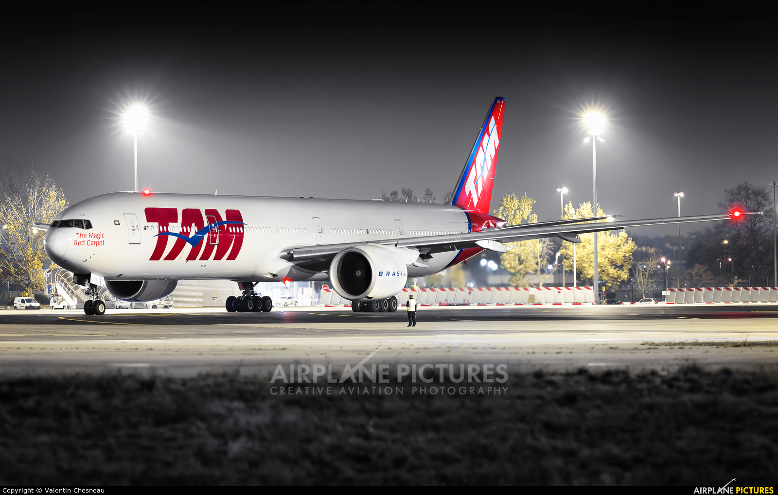 TAM PT-MUA aircraft at Paris - Charles de Gaulle