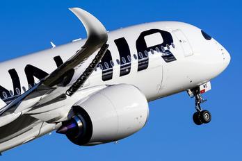 OH-LWE - Finnair Airbus A350-900