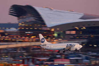 VP-BYL - UTair Boeing 737-500