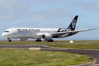 ZK-NZD - Air New Zealand Boeing 787-9 Dreamliner