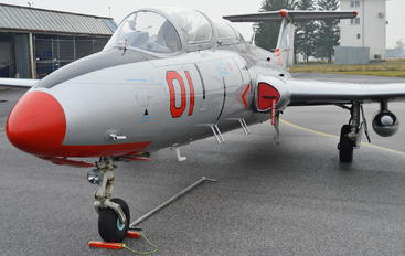 OM-SLK - Private Aero L-29 Delfín