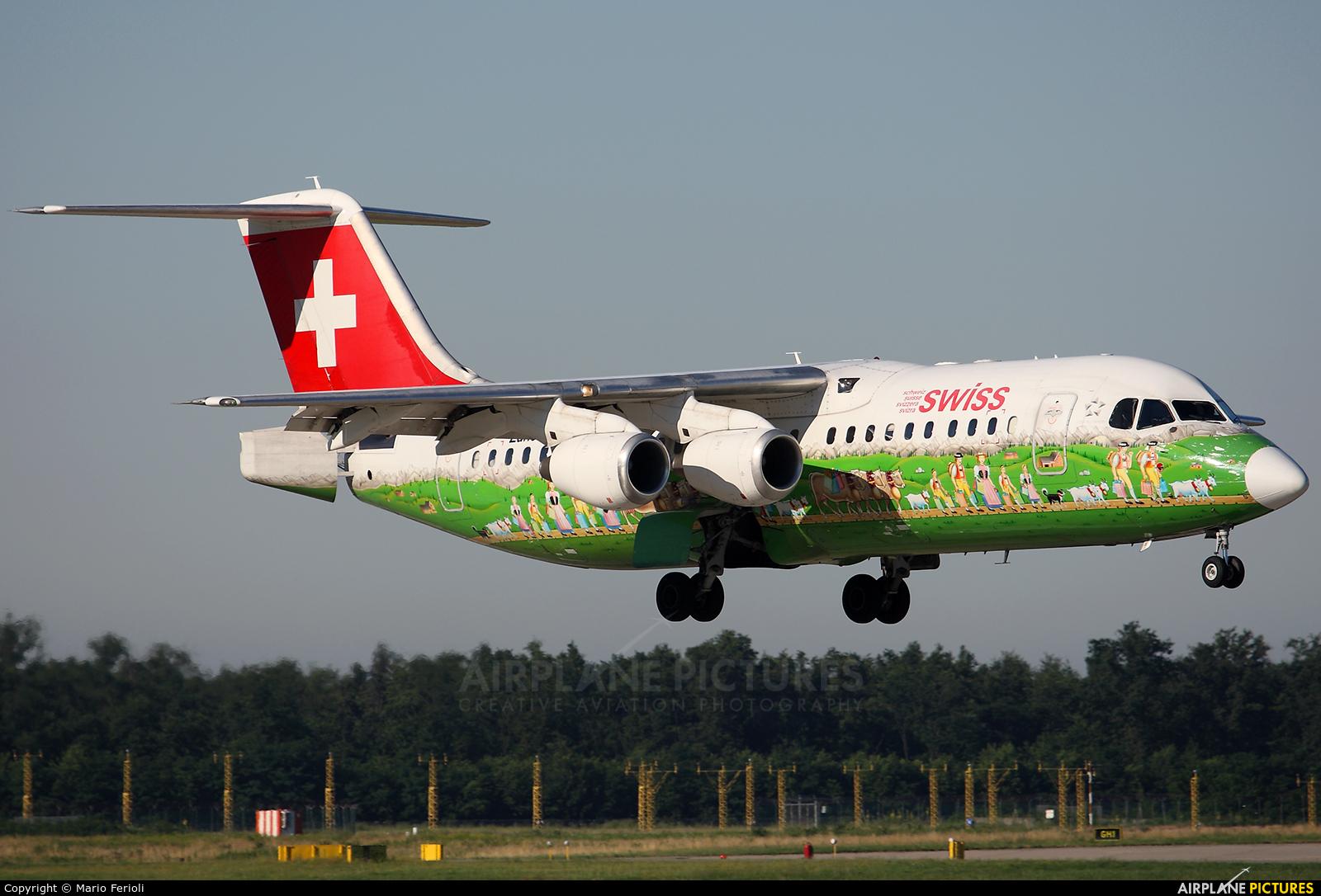 Swiss HB-IYS aircraft at Milan - Malpensa