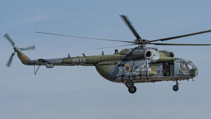 9915 - Czech - Air Force Mil Mi-171