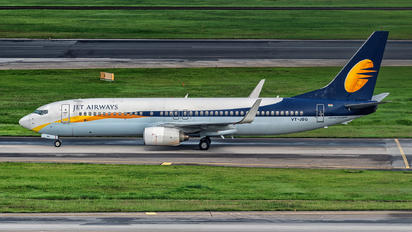VT-JBG - Jet Airways Boeing 737-800
