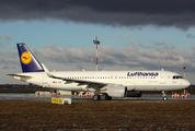 D-AIUP - Lufthansa Airbus A320 aircraft