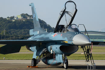 83-8133 - Japan - Air Self Defence Force Mitsubishi F-2 A/B