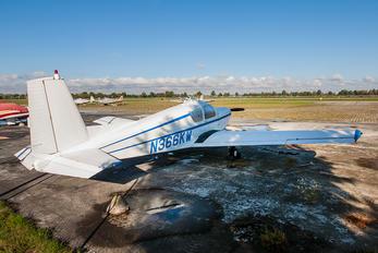 N366KW - Private SIAI-Marchetti S. 205