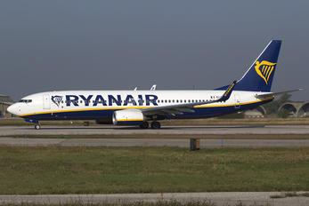 EI-FIP - Ryanair Boeing 737-800