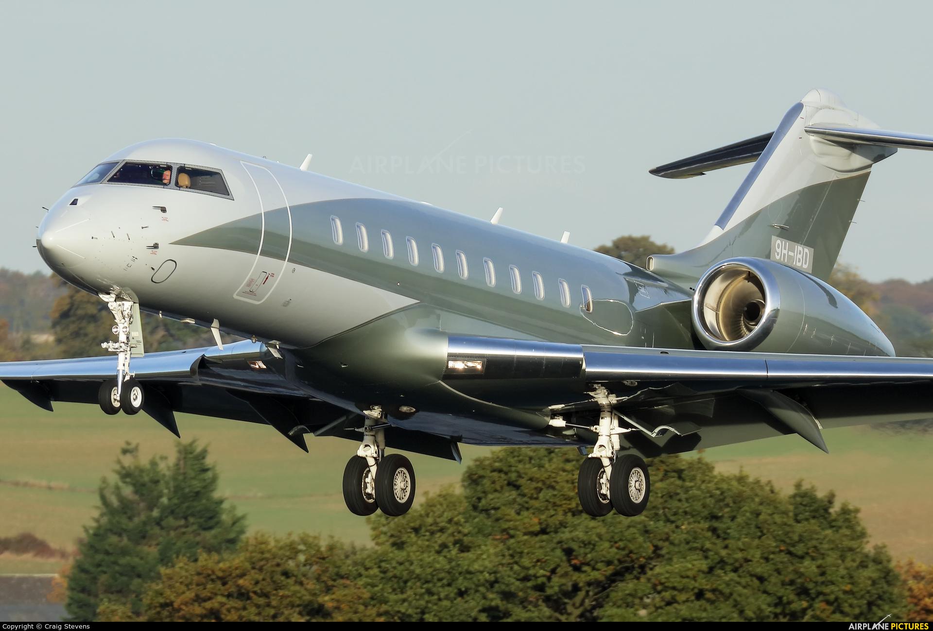 Private 9H-IBD aircraft at London - Luton