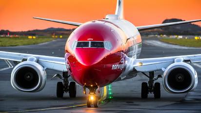 LN-NGV - Norwegian Air Shuttle Boeing 737-800