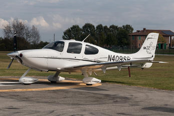 N409SR - Private Cirrus SR22