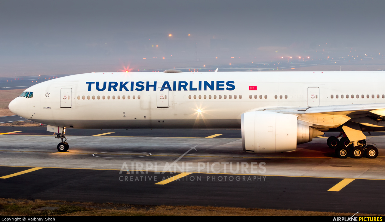 Turkish Airlines TC-JJK aircraft at Mumbai - Chhatrapati Shivaji Intl