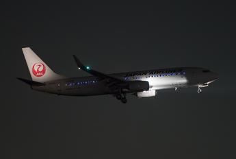 JA340J - JAL - Express Boeing 737-800