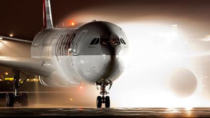 A7-AEE - Qatar Airways Airbus A330-300