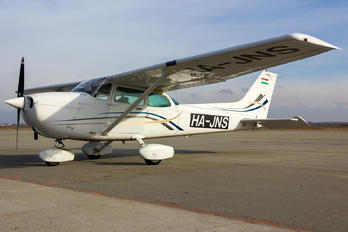HA-JNS - Private Cessna 172 Skyhawk (all models except RG)