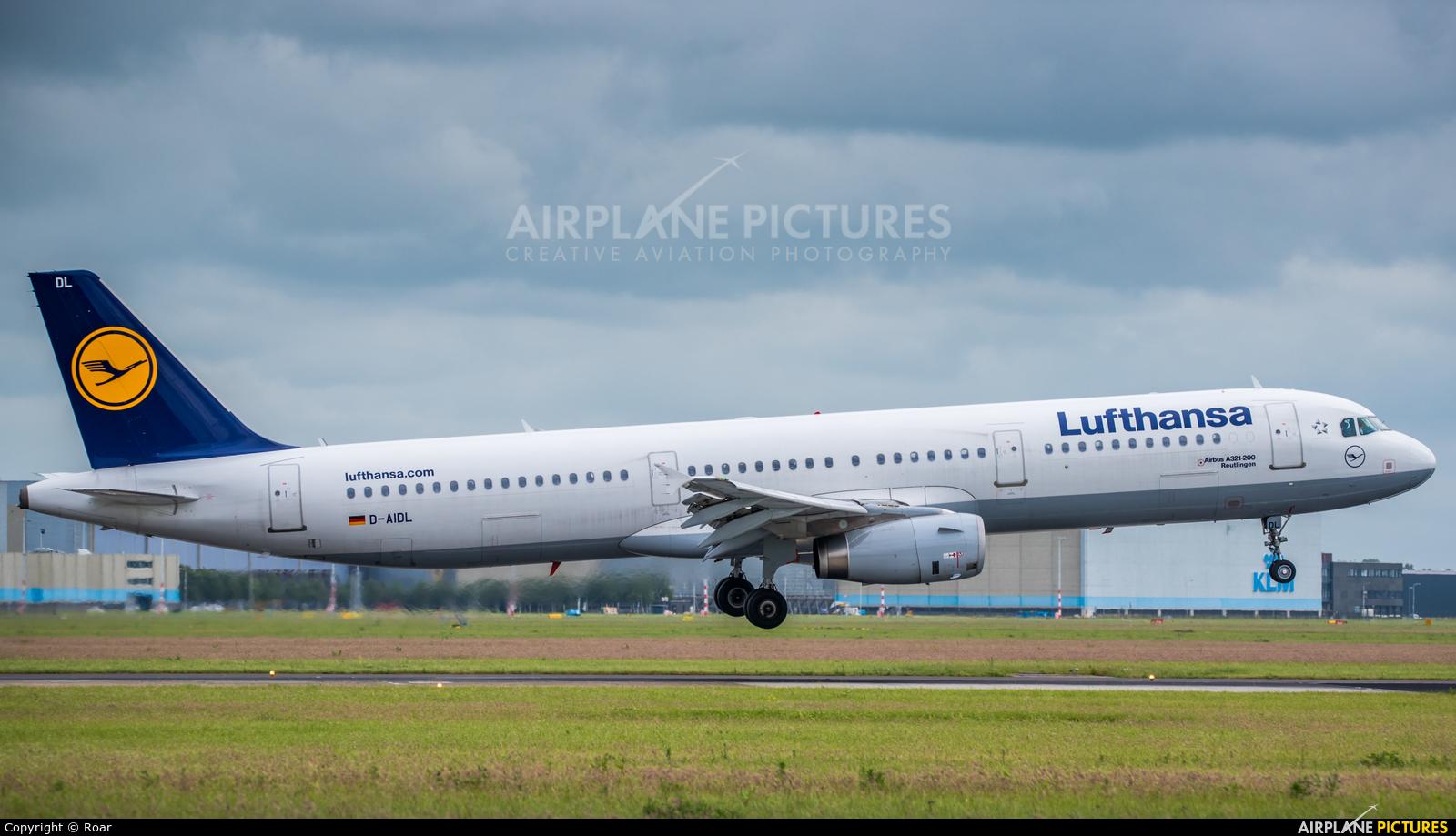 Lufthansa D-AIDL aircraft at Amsterdam - Schiphol