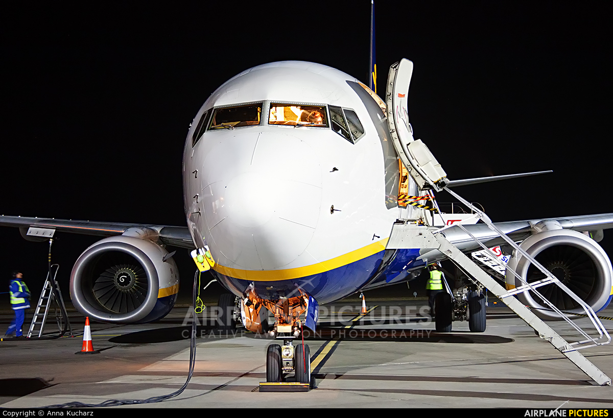 Ryanair EI-DCR aircraft at Wrocław - Copernicus