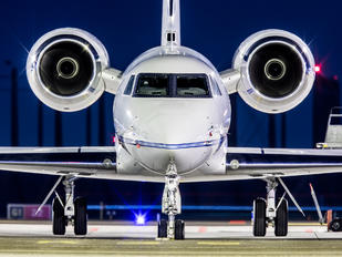 N127GG - Private Gulfstream Aerospace G-V, G-V-SP, G500, G550
