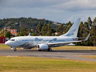 M-YBBJ - Global Jet Austria Boeing 737-700 BBJ