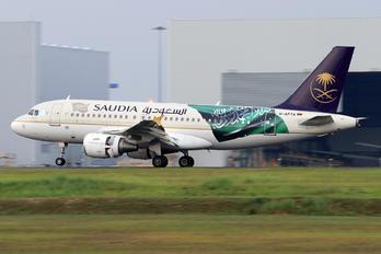 D-APTA - Saudi Arabian Airlines Airbus A319