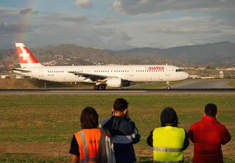 HB-IOF - Swiss Airbus A321