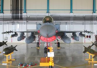 030 - Greece - Hellenic Air Force Lockheed Martin F-16D Fighting Falcon