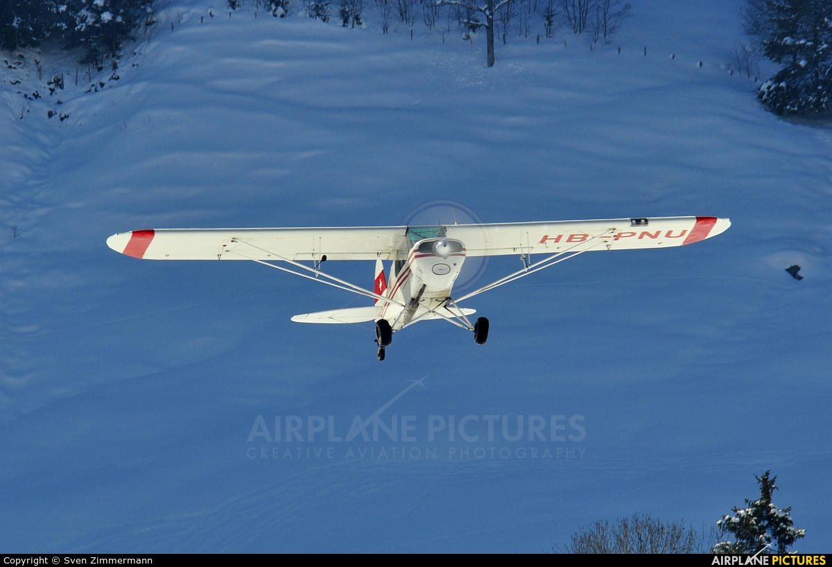 Private HB-PNU aircraft at Off Airport - Swiss Alps