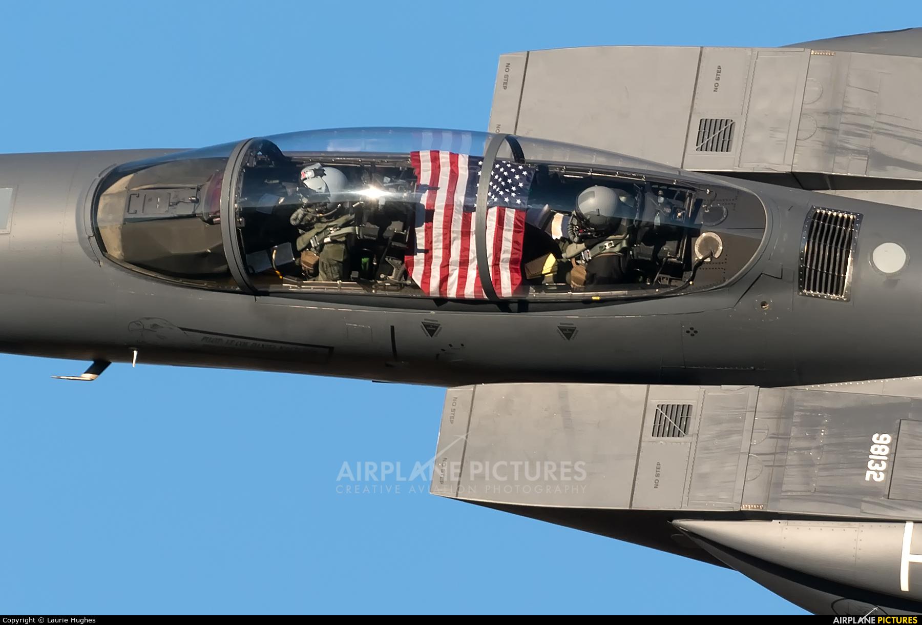 USA - Air Force 98-0132 aircraft at Machynlleth Loop - LFA 7