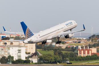 N29129 - United Airlines Boeing 757-200