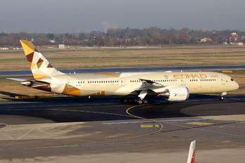 A6-BLF - Etihad Airways Boeing 787-9 Dreamliner