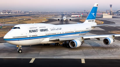 9K-ADE - Kuwait Airways Boeing 747-400