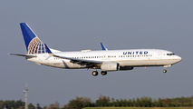 N37293 - United Airlines Boeing 737-800 aircraft