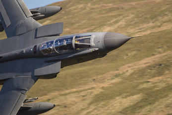 ZA559 - Royal Air Force Panavia Tornado GR.4 / 4A