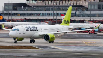 YL-CSA - Air Baltic Bombardier CS300