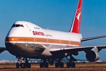 VH-EBN - QANTAS Boeing 747-200