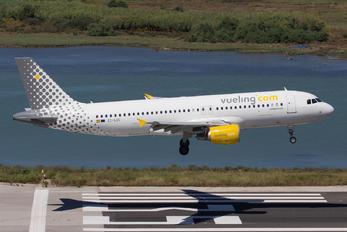 EC-LOC - Vueling Airlines Airbus A320