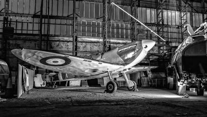 P7823 - Ulster Aviation Society Supermarine Spitfire Replica