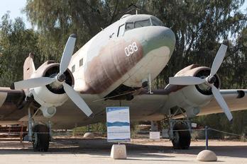 4X-FNZ - Israel - Defence Force Douglas C-47B Skytrain