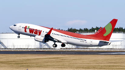 HL8000 - T'Way Air Boeing 737-800
