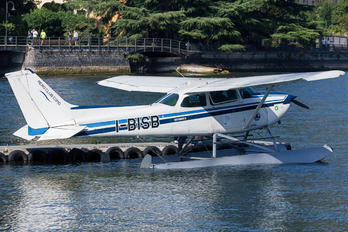I-BISB - Private Cessna 172 Skyhawk (all models except RG)