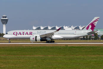 A7-ALI - Qatar Airways Airbus A350-900