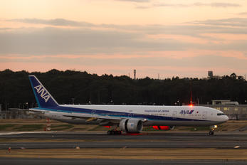 JA779A - ANA - All Nippon Airways Boeing 777-300ER