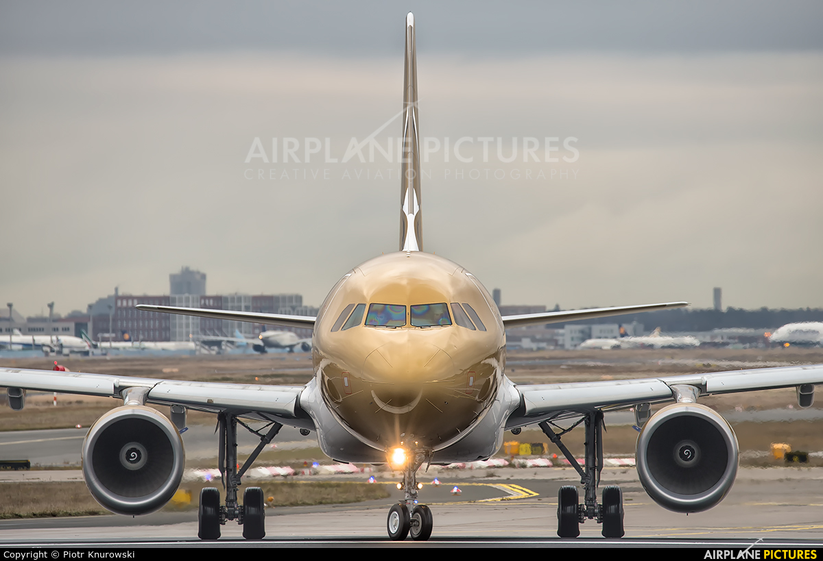Gulf Air A9C-AN aircraft at Frankfurt