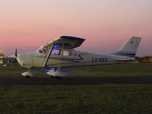 LV-GZZ - Private Cessna 172 Skyhawk (all models except RG)