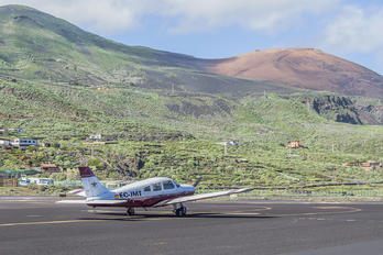 EC-JMT - Real Aero Club de Tenerife Piper PA-28 Archer