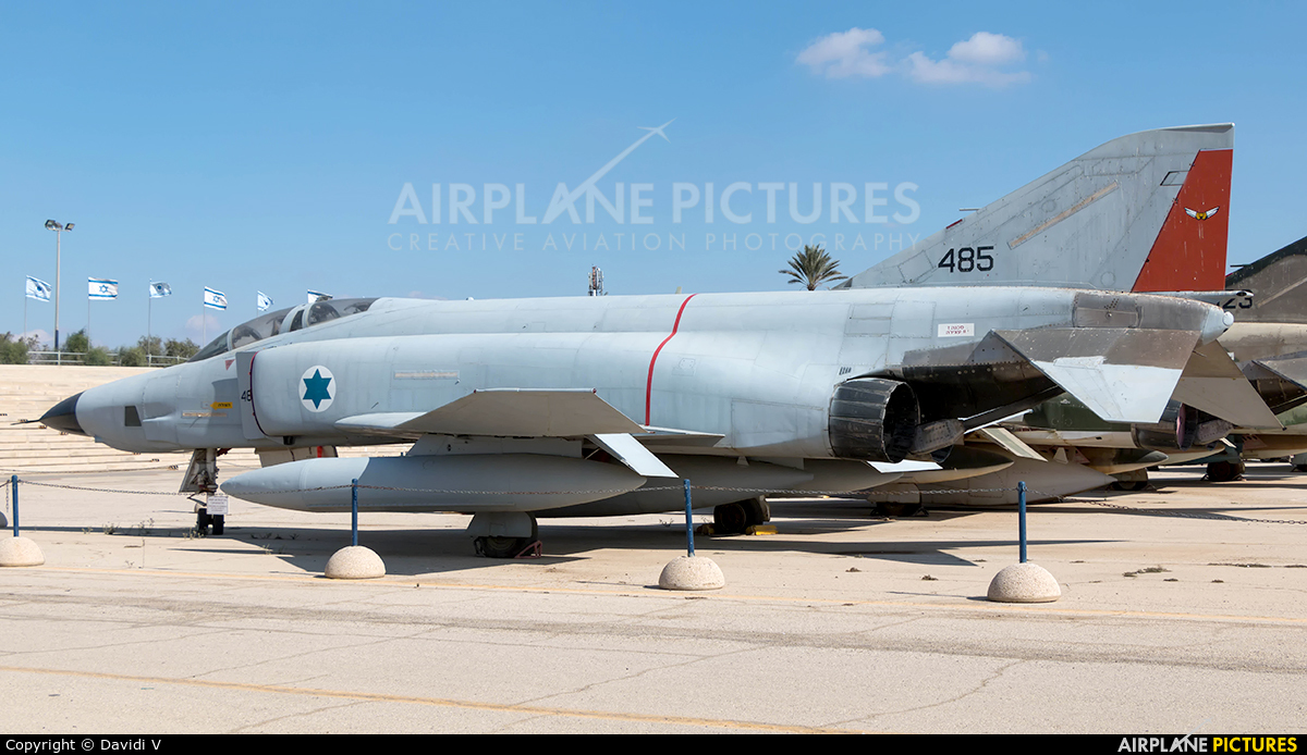 Israel - Defence Force 485 aircraft at Beersheba - Hatzerim