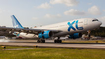 First XL airways visit to Sint Maarten Princess Juliana airport title=